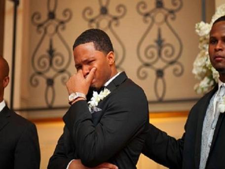 chocolate-bride-groom-crying.jpg-360nobs.jpg-6.jpg-5.jpg