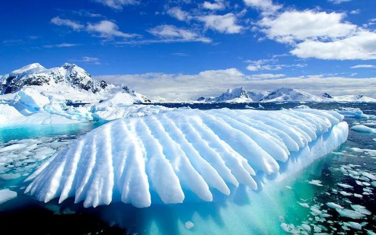 antarctica_2642820a-xlarge